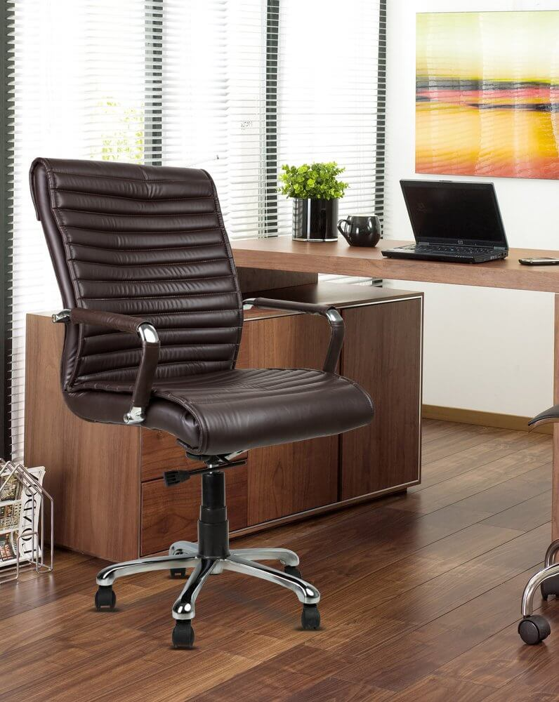 DZYN Furnitures- Best leather chair
