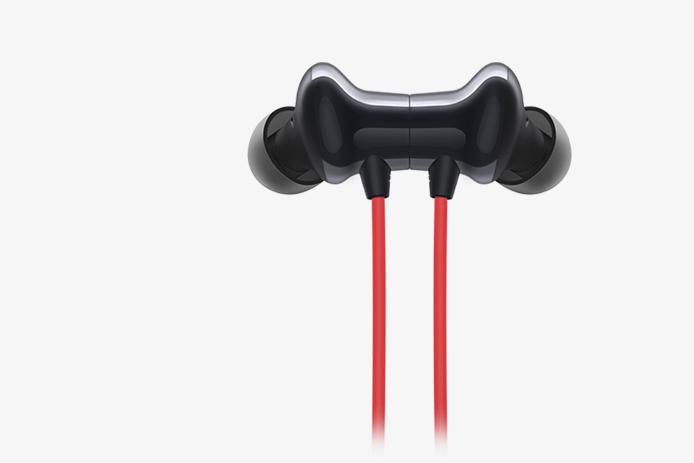 OnePlus Bullets bluetooth earphone best sound under 3000